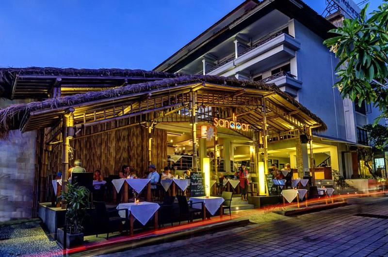 8-Sandbar-by-Maharani-Beach-Hotel