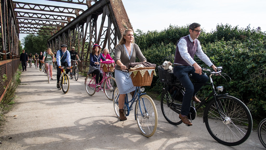pashley-cycles-picnic-ride-bicyles