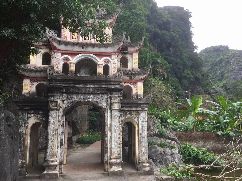 Bich Dong Temple - Ninh Binh Travel Guide