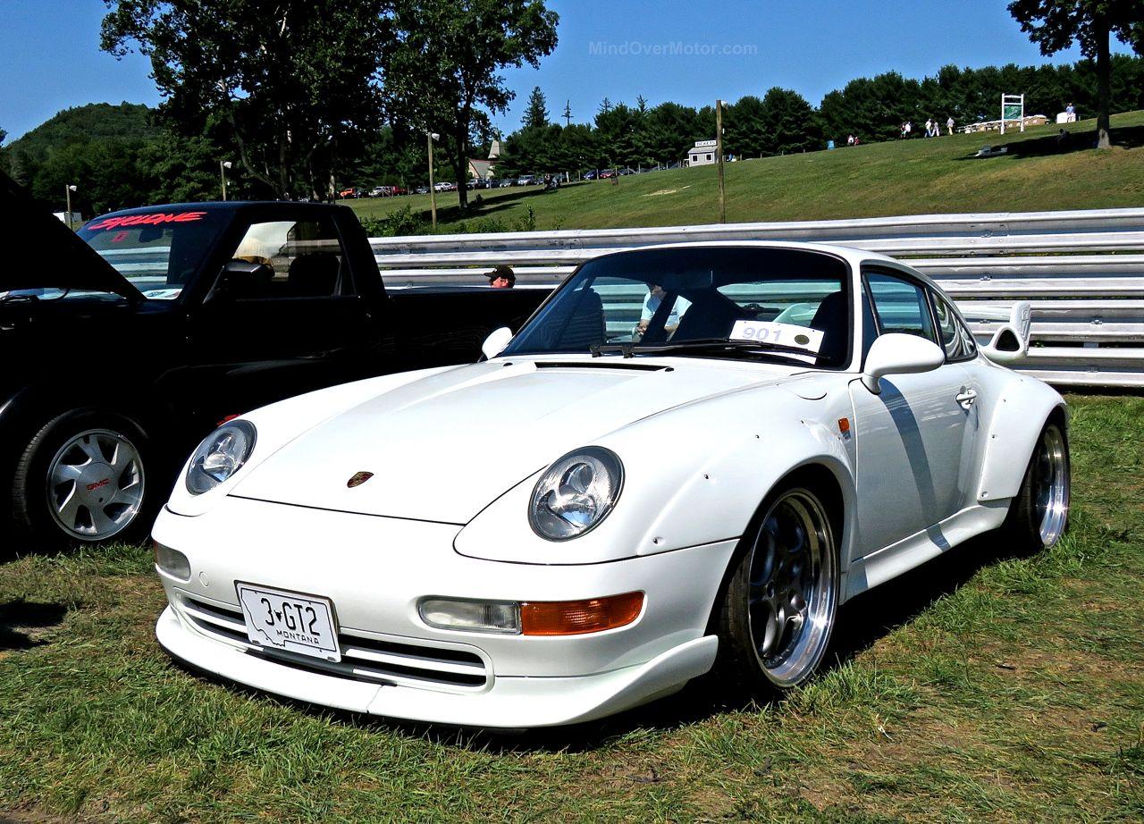 Porsche 993 GT2 Lime Rock 1