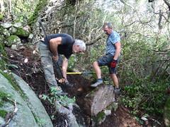 Michel et Eric aux aménagements rocheux