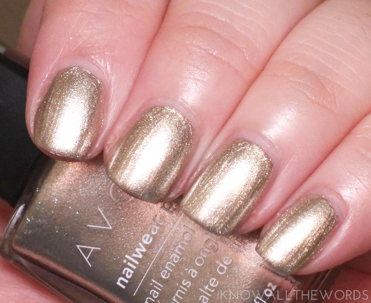 Avon Mega Metals nailwear pro + gold dust