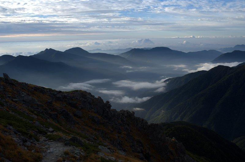 大井川源流域に雲がたなびく