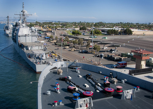 SAN DIEGO - The Ticonderoga-class guided-missile cruiser USS Cape St. George participated in the 2015 San Diego Fleet Week.