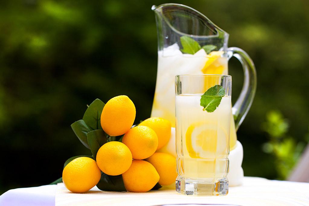 عصير الليون