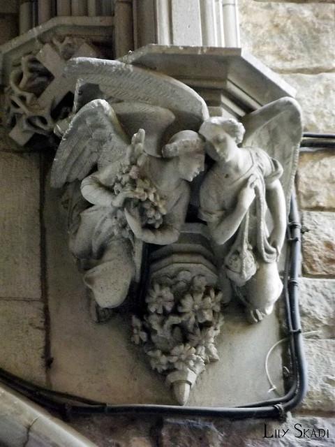 Carrer del Bisbe (Barcelona) 4
