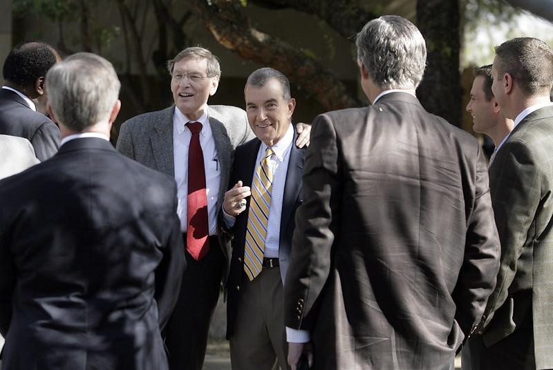 大聯盟前任主席Bud Selig(圖左)。(達志影像資料照)