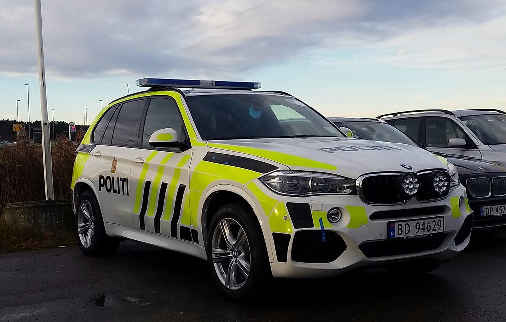 Norwegian Police Car 2015 Bmw X5 3 0 Diesel 190kw 285