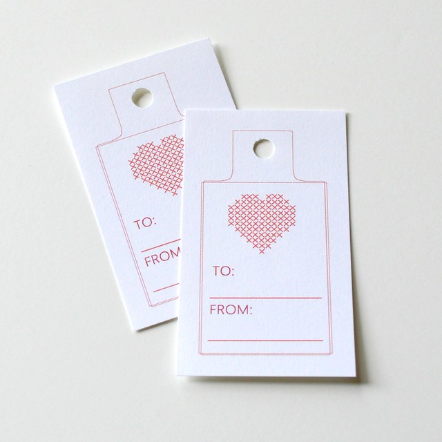 Red Xstitch Heart Gift Tags2 2016