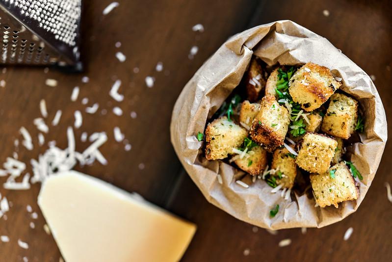 homemade herbed parmesan croutons #eatsmartveggies