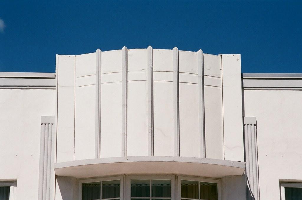 Art deco architectural details south beach minolta dynax for Art deco architectural details