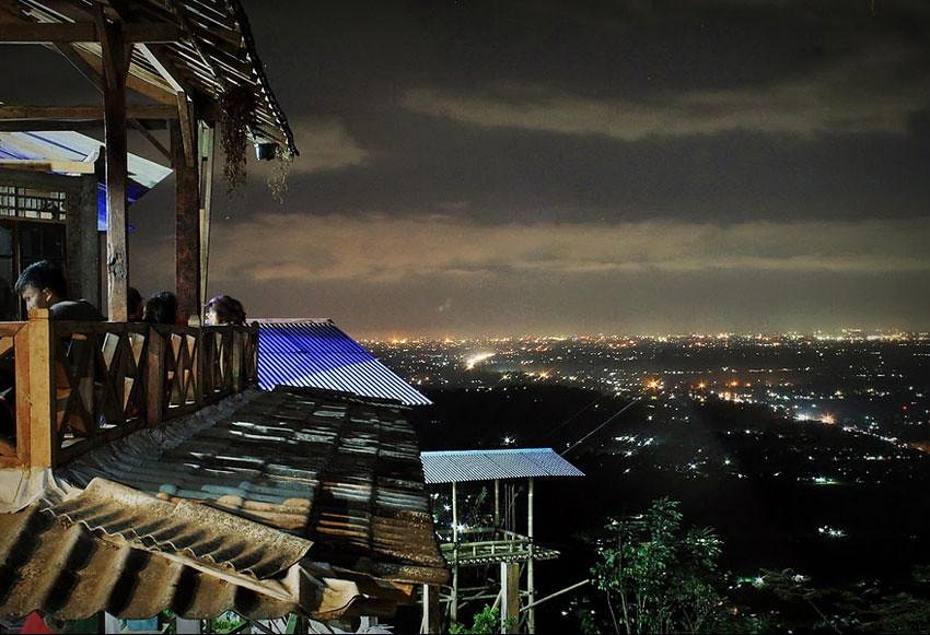 12-BukitBintang-NightLights-TulusTraveler-blogspot.jpg