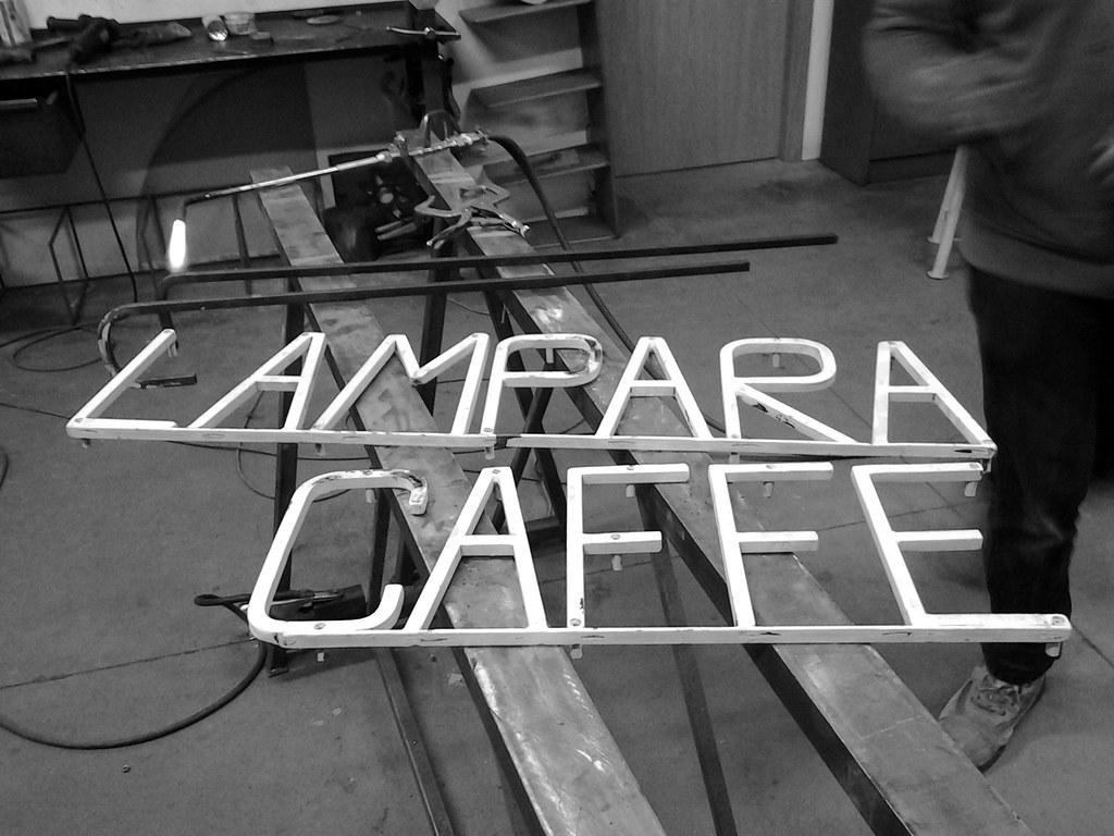 Lampara Caffe