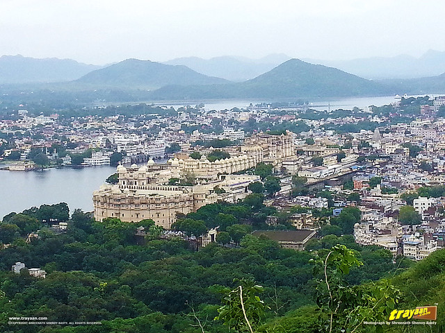 A view of City Palace from atop the Karni Mata temple hill in Udaipur, Rajasthan, India