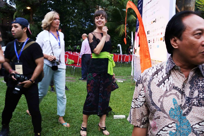 Netherfield Ball – The Bali High Society Makes Out With Writers, Ubud Writers & Readers Festival