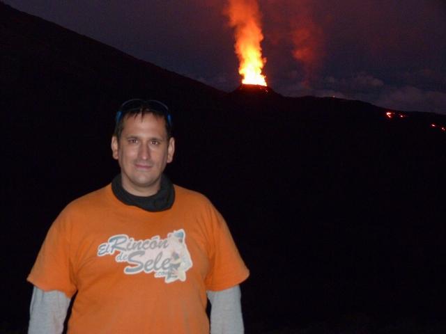 Sele en el volcán Le Piton de la Fournaise (Isla Reunión)