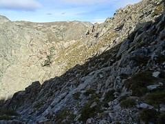 Depuis la crête Sud du vallon de Renellucciu, le chemin parcouru depuis la brèche d'entrée
