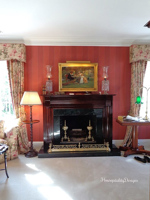 The Charlotte Inn - Fireplace - English Antiques - Housepitality Designs