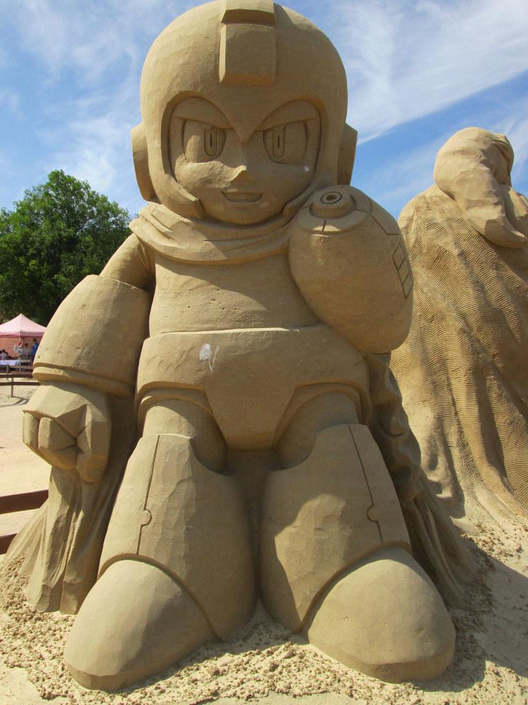 Megaman Sand Sculpture