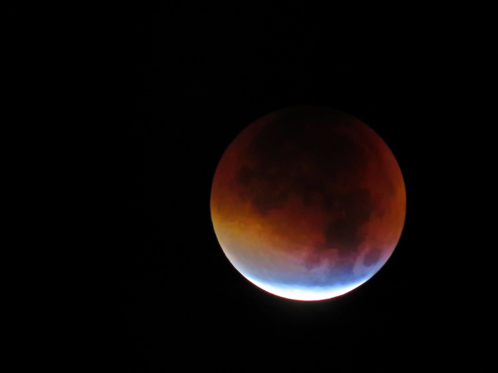 Supermoon and real Blood moon - 2015 - SX60 Full auto 1385 ...