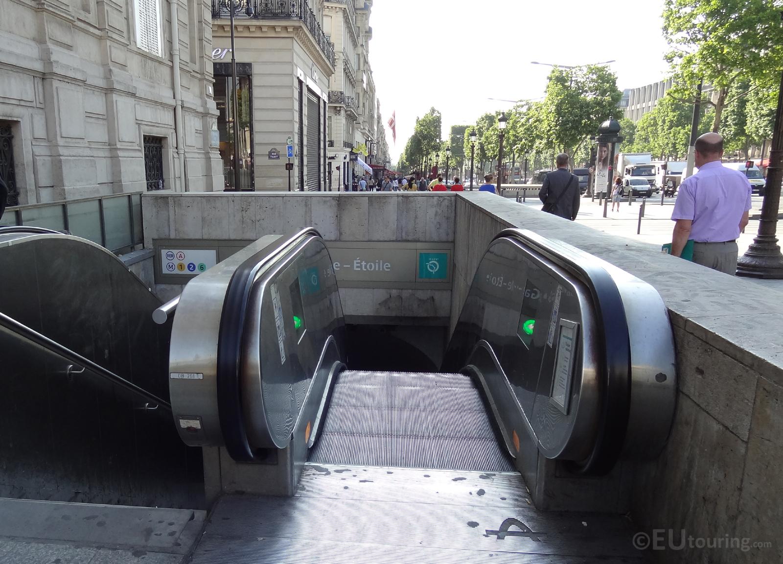 Entrance to the Paris Metro