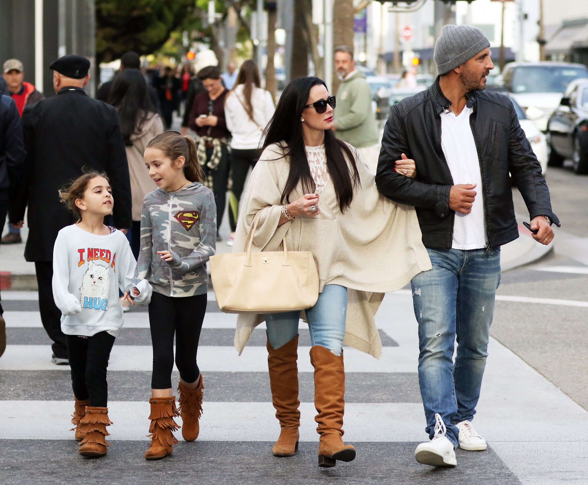 Kyle Richards And Family Out In Beverly Hills 122115 Lipstick Alley