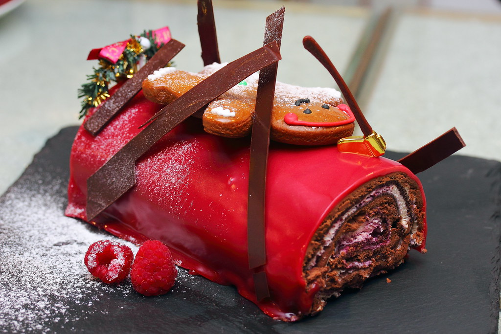 Juicy Chocolate Cake