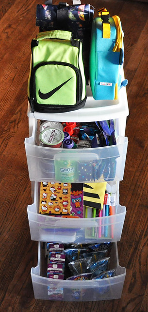 Lunchbox Packing Station