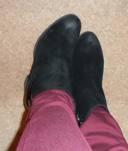 Clarks suede and leather heeled Bizzy Girl boots