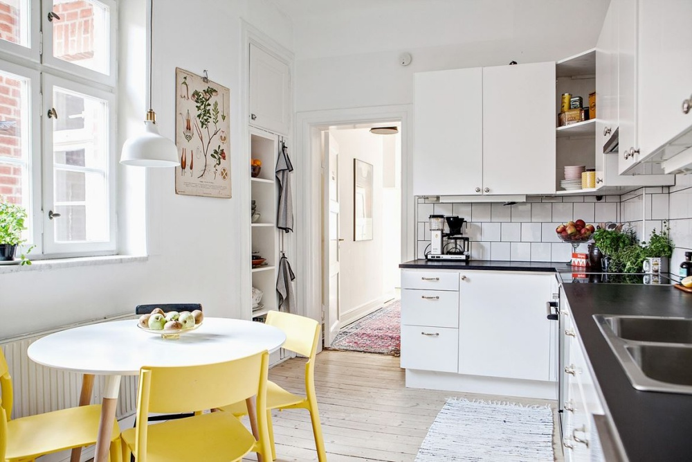 Bright and Stylish Scandinavian Home