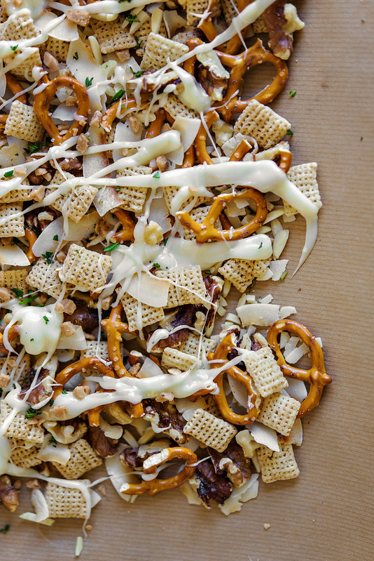 sweet and salty chex snack mix #wincocheer