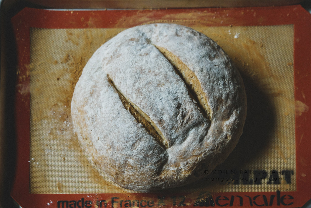 Jacques Pépin's Heart & Soul country bread