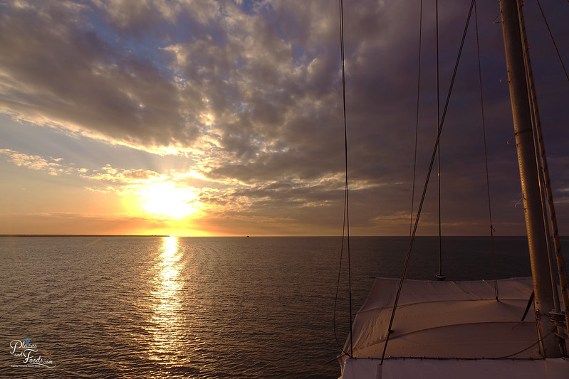 cape ardieu cruise sunset