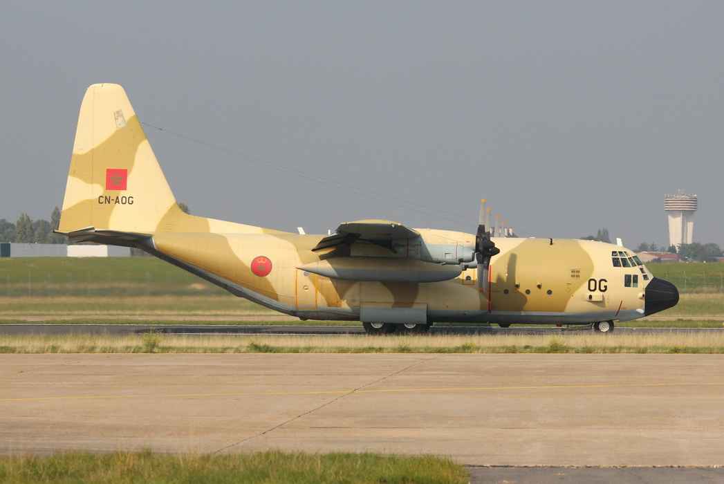 طائرات النقل العاملة بالقوات المسلحة المغربية - صفحة 2 21827376449_fe9f86c399_o