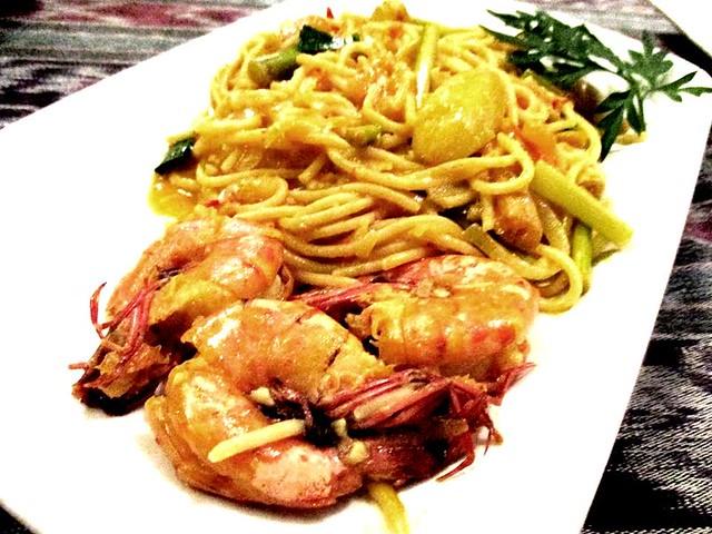Payung belimbing prawn spaghetti