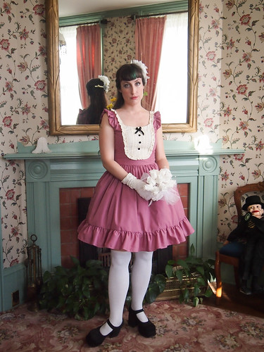 dusty rose lolita dress gloomth