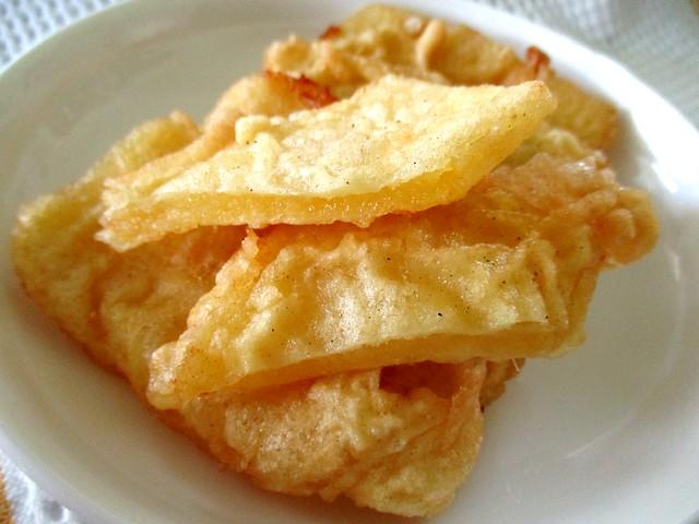 Tapioca fritters