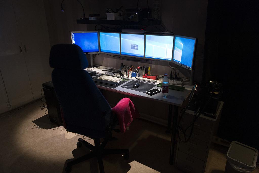 Bilder på ditt (fysiska) skrivbord! - Tangentbord, möss och övrig kringutrustning - Sidan 58