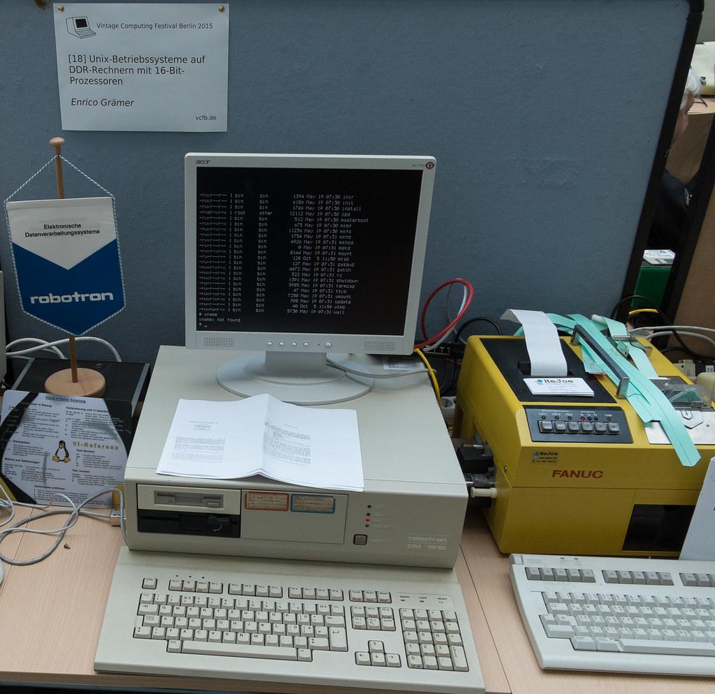 Robotron CM 1910, A DDR 16-bit Computer Running Unix