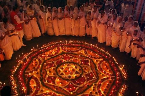 Hội Đồng Đối Thoại Liên Tôn Tòa Thánh: Sứ Điệp Gửi Các Tín Đồ Ấn Giáo Nhân Lễ Deepavali – Năm 2015