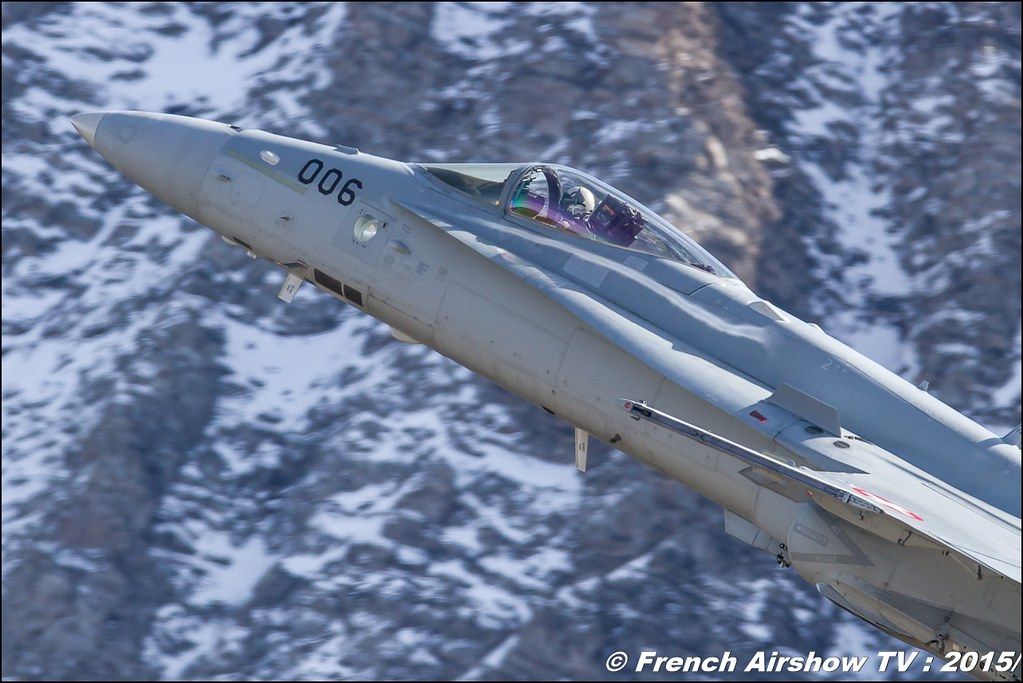F/A-18 Hornet Solo Display CH , Escadrille d'aviation 17 , SWISS HORNET DISPLAY TEAM, Axalp 2015 ,Exercices de tir d'aviation Axalp , fliegerschiessen axalp 2015, Meeting Aerien 2015