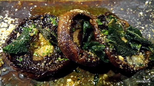 Thyme Roasted Portobello Mushrooms