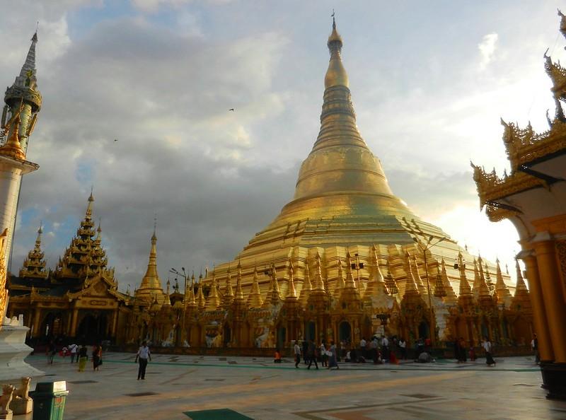 Шведагон (Shwedagon)