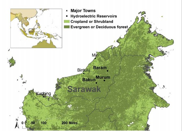 砂拉越地圖,其主要城市以及三個已完成或正在動工的砂拉越再生能源走廊水壩。