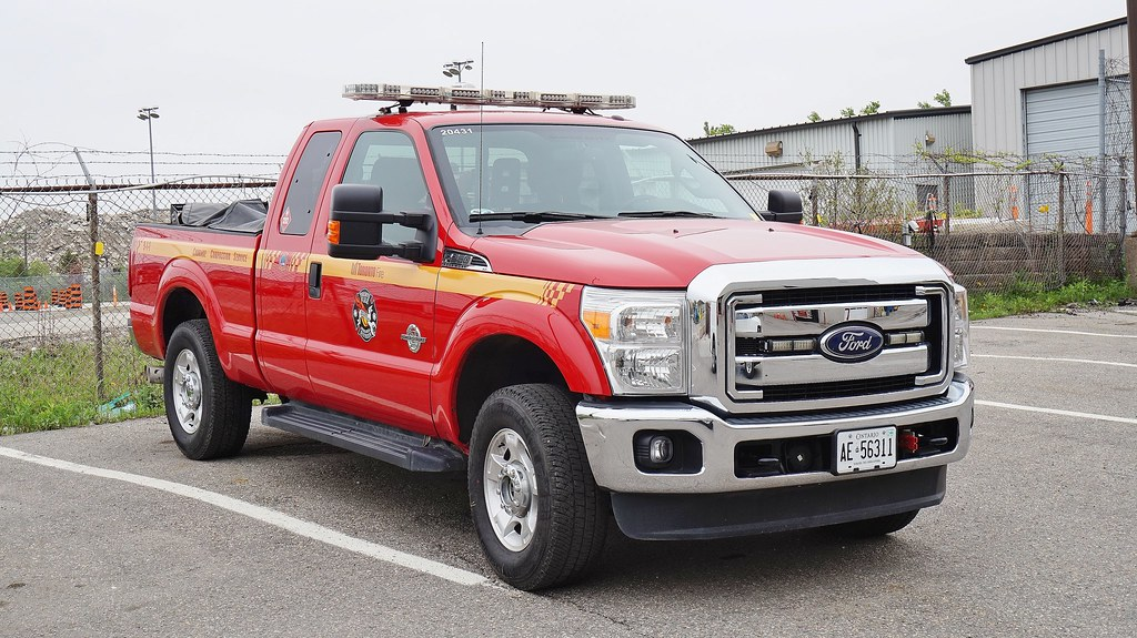 Ford Super Duty Pictures - Toronto Fire Services Mechanical Division Fuel Truck | Flickr