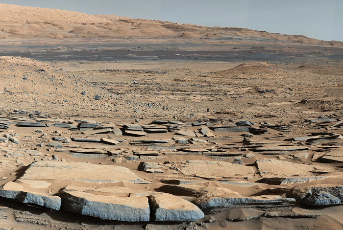 Curiosity Rover confirms existence of a large ancient lake on Mars