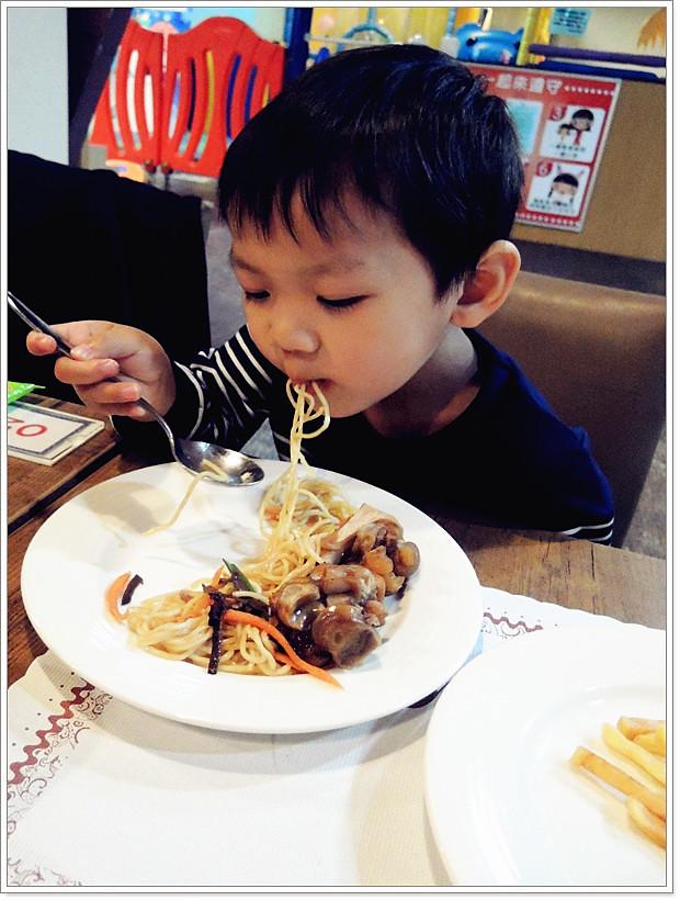 好吃的兒童義大利麵