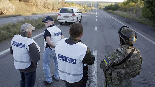Спочатку ОБСЄ контролює кордон, потім— вибори