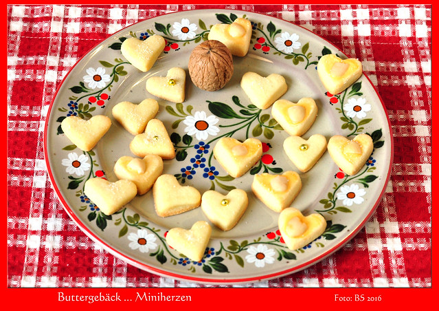 Weihnachten Weihnachtsbäckerei Buttergebäck Herz Mini-Herzen ... Foto: Brigitte Stolle 2016