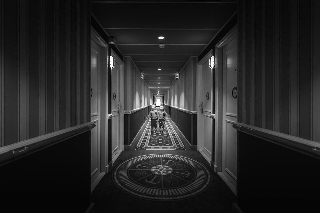 The overlook hotel twitter facebook page instagram for Overlook hotel decor